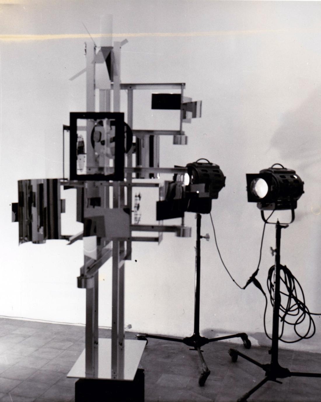 nicolas-schoffer-studio-farnese-crono-5-1969